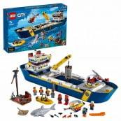 Конструктор LEGO City Исследовательское судно 60266